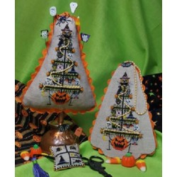 Hollow Eves Tree Blackberry Lane Designs