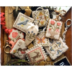 FESTIVE LITTLE FOBS SPRINGTIME EDITION Heartstring Samplery