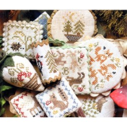 FESTIVE LITTLE FOBS WOODLAND EDITION Heartstring Samplery
