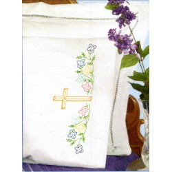 1600 947 Cross pillow cases