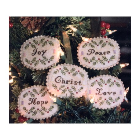 ADVENT CANDLES ORNAMENT SET Heartstring Samplery