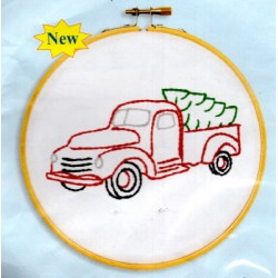 CHRISTMAS TRUCK 4096 879 Stamped Embroidery
