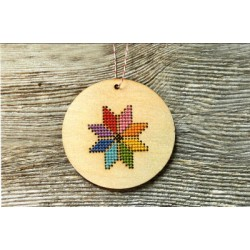 MERRY AND BRIGHT ORNAMENT KIT Canadian Stitchery
